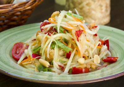 Ensalada de papaya verde, somtam, papaya verde, ensalasa tailandesa, cocina tailandesa