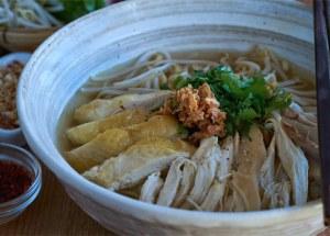 sopa de noodles, sopa de fideo, sopa pho, noodles, pollo, fideos, sopa thai