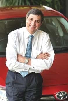 Dr Johan van Zyl, Pres i dent en Uitvoerende Hoof van Toy ota Suid-Afrika, is pas aangewys as 'n Bestuurshoof van die Toyota-Motorkorporasie (TMK) van Japan.