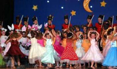 TBZ Junior operette 1,2,3: Die kleurvolle Pannekoekland van die junior fase se operette.