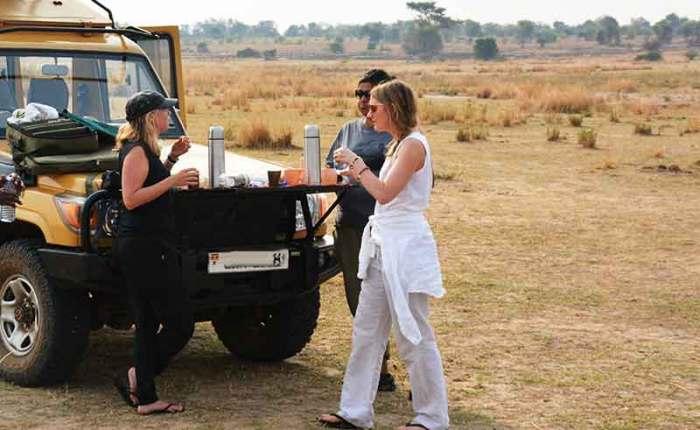 Breakfast in the bush in Murchison Falls National Park