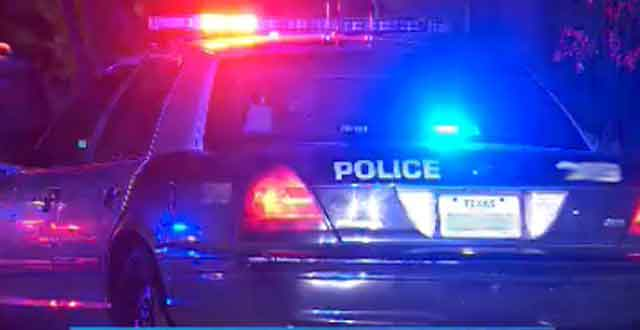 APD overnight incident Austin Police Department light bar_127707