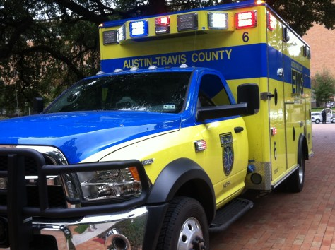 40-foot fall from cliff prompts wilderness rescue at Barton Creek Greenbelt