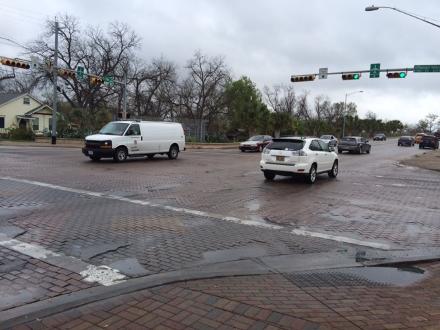 Pleasant Valley Road and East 7th Street intersection under construction_255054