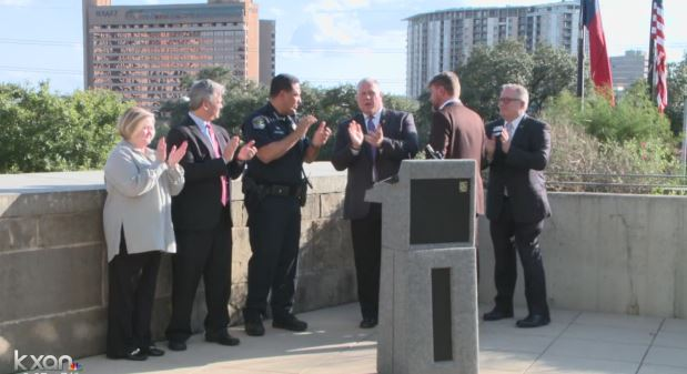 Austin police and the mayor team up to tackle hate crimes_367463