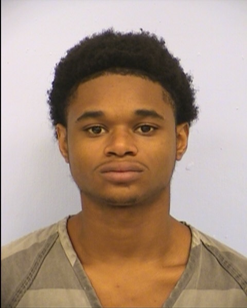 Kelvin Holmes accused of robbing students near LASA High School_377336