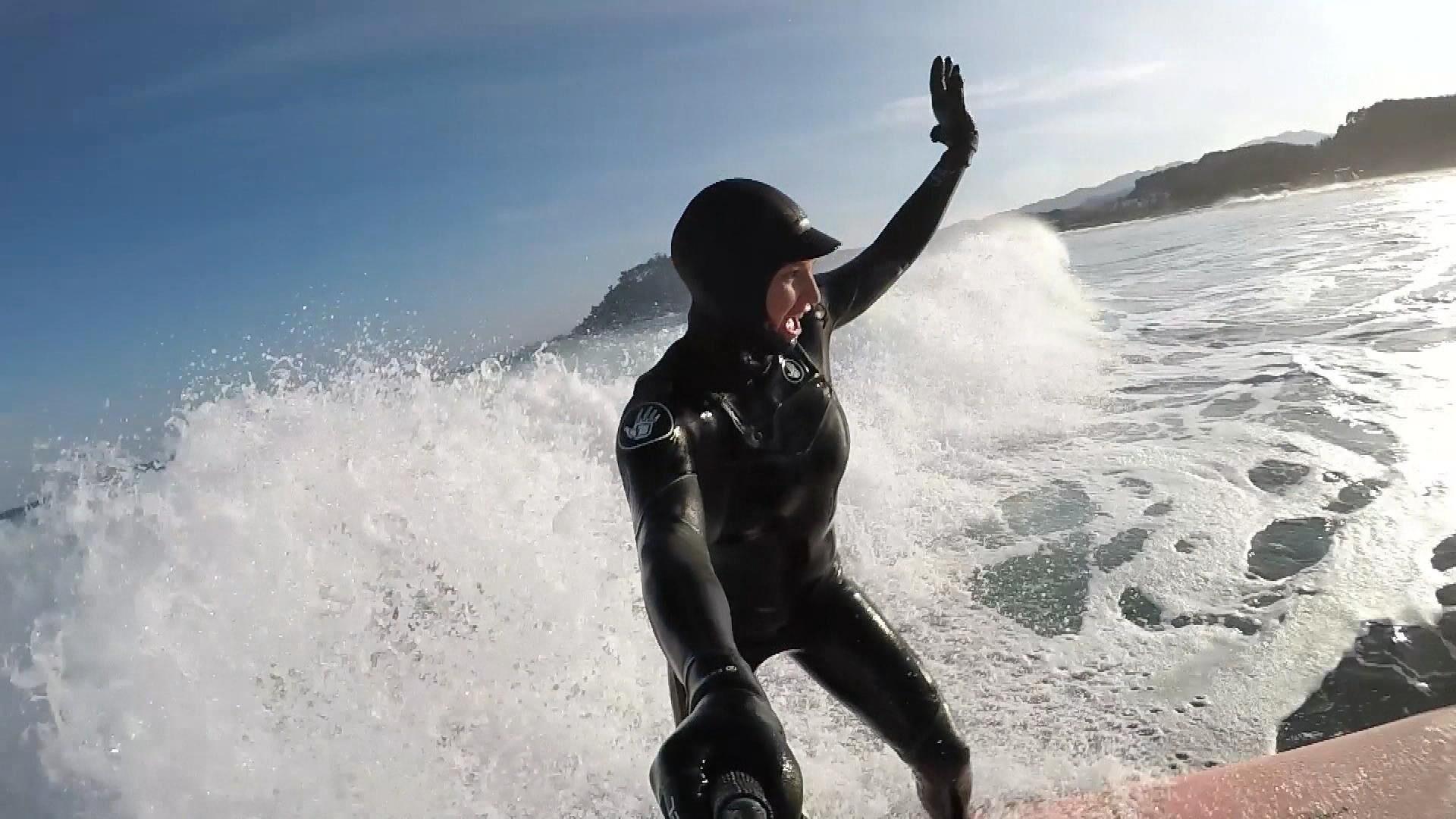 mancuso surfs_637225