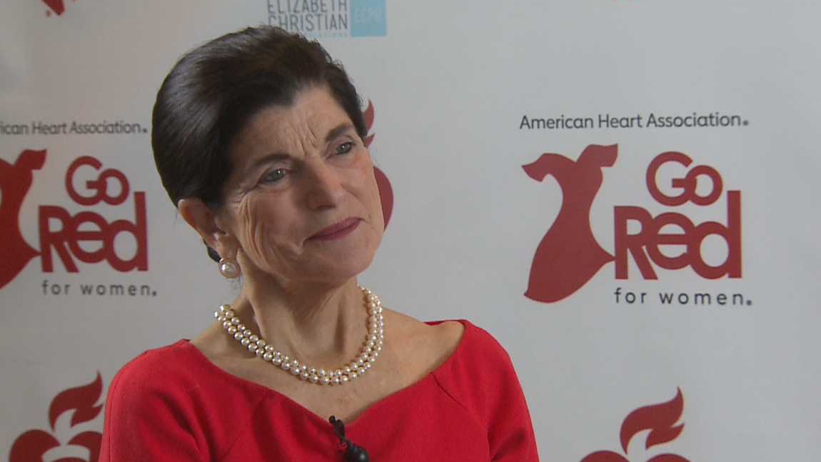 Luci Baines Johnson speaks at American Heart Association luncheon