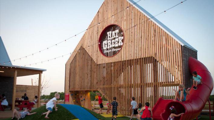 Austin S Hat Creek Burger Is Finally Ready To Open In Houston Kxan Austin