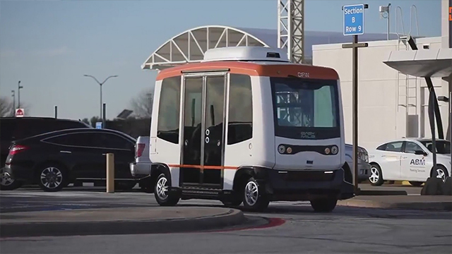 driverless shuttle dfw