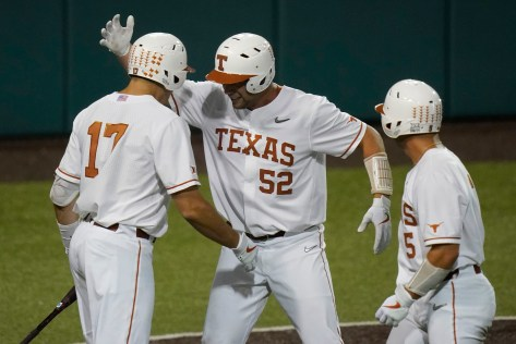 Omaha! Texas baseball clinches College World Series spot with super regional sweep