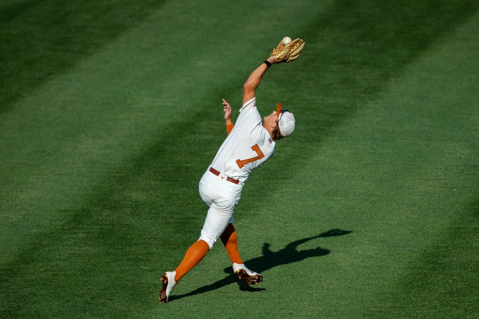Texas baseball strikes out record-breaking 21 times in College World Series loss