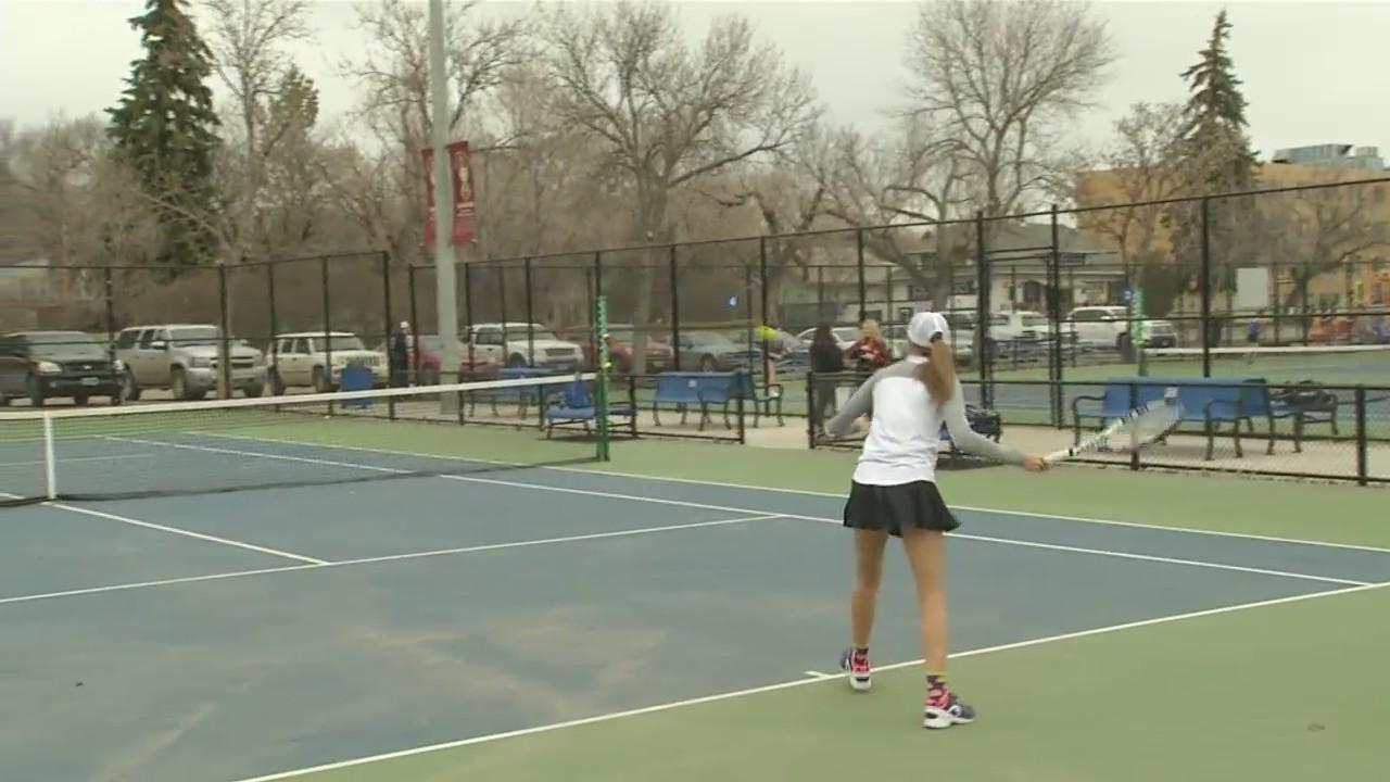 Majettes_tennis_team_opens_west_region_p_0_20180424034741