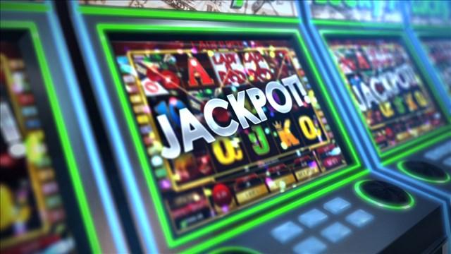 gambling_mgn_640x360_70316B00-EXPNP_1524595790844.jpg