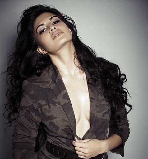 Jacqueline Fernandez hot & sexy photos
