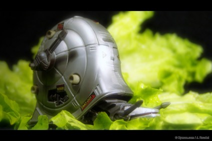 Snail robot from Zoids series crawling on a salad by Kyesos