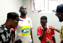 Photo of VIDEO: Watch Asamoah Gyan giving pep talks to Kotoko's Matthew Anim Cudjoe