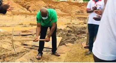 Photo of Sekondi: MP cuts sod for construction of six unit classroom block at Baka-Ekyir