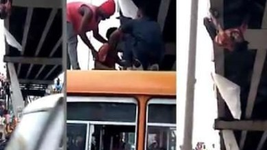 Photo of VIDEO: Man attempts suicide on Kaneshie overpass