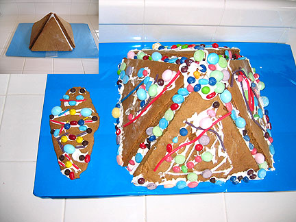 pyramid-gingerbread-cake.jpg