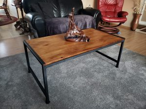 Reclaimed Pallet Wood Coffe Table