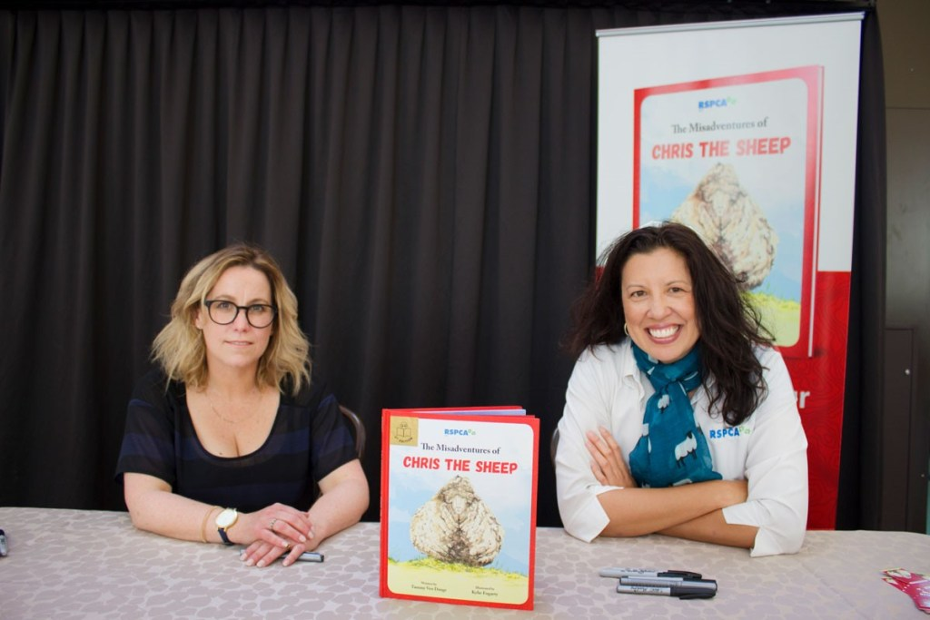 Illustrator Kylie Fogarty (left) with Author Tammy Ven Dange (right) Image © RSPCA ACT