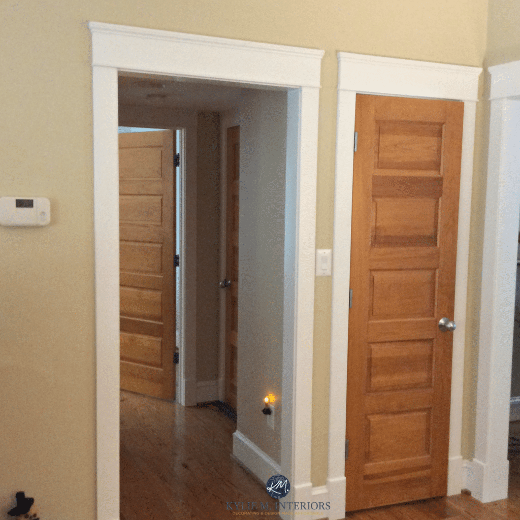 Benjamin Moore Powell Buff With Fir Door And Oak Wood