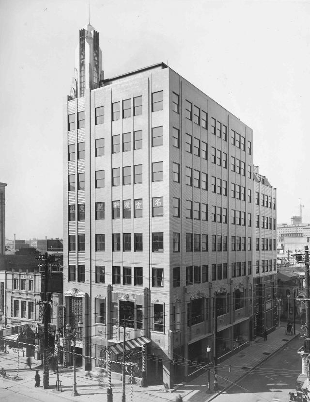 1933(昭8)年竣工当時の教文館ビル