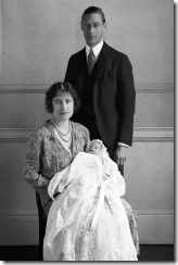 QEII as infant with parents