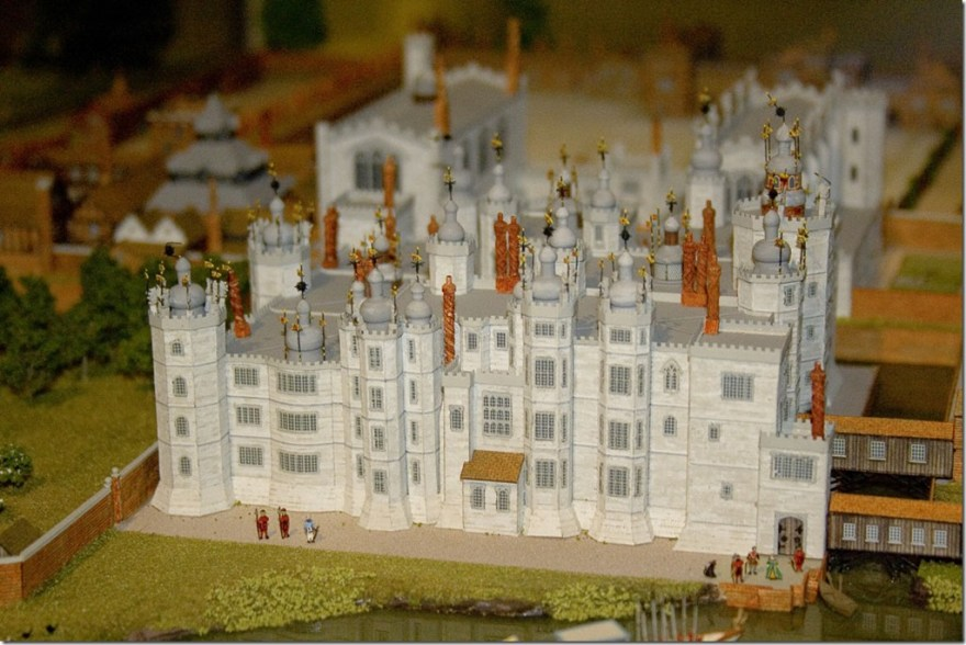 Model_of_Richmond_Palace