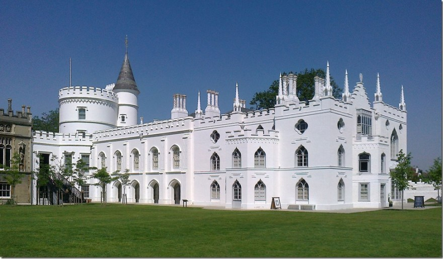 Strawberry_Hill_House_from_garden_in_2012_after_restoration