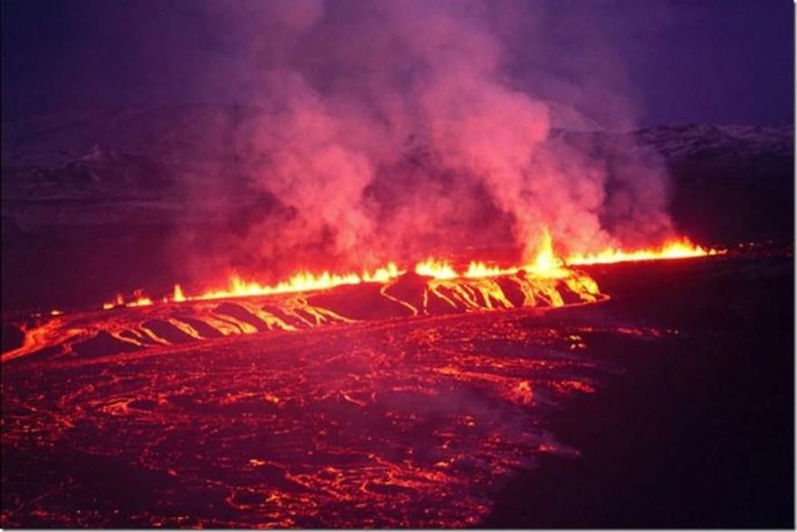fissure eruption in Iceland krafla