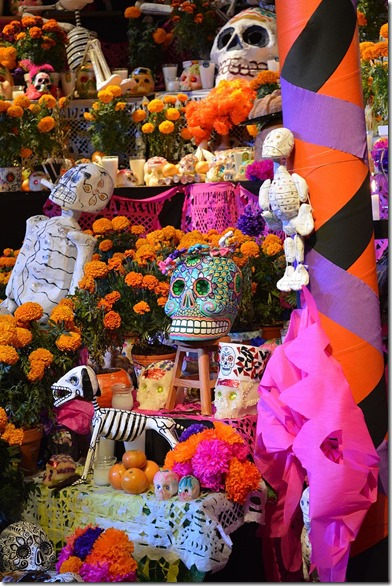 day of the dead graves Mexico
