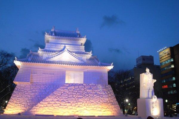 Hamamatsu_Castle_Snow_Sculpture_in_Sapporo