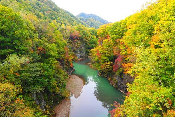 jozankei_onsen_autumn_colors