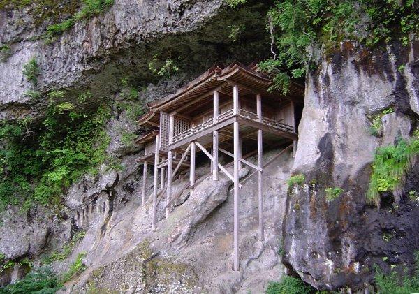 sanbutsuji_temple_nageire_hall