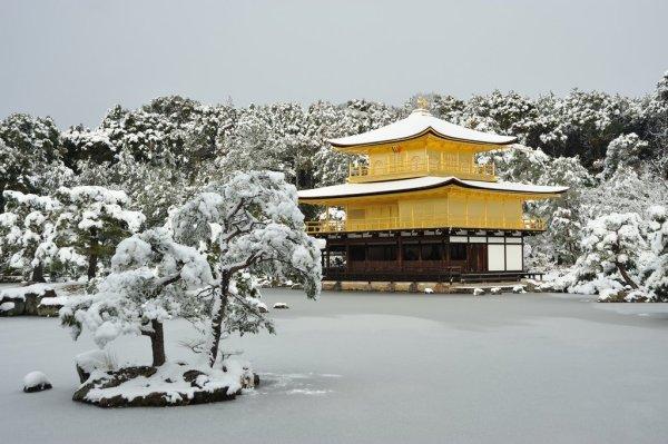 kinkaku_ji_temple_winter_kyoto