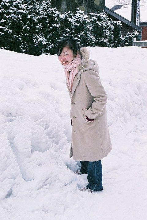 women_hokkaido_winter