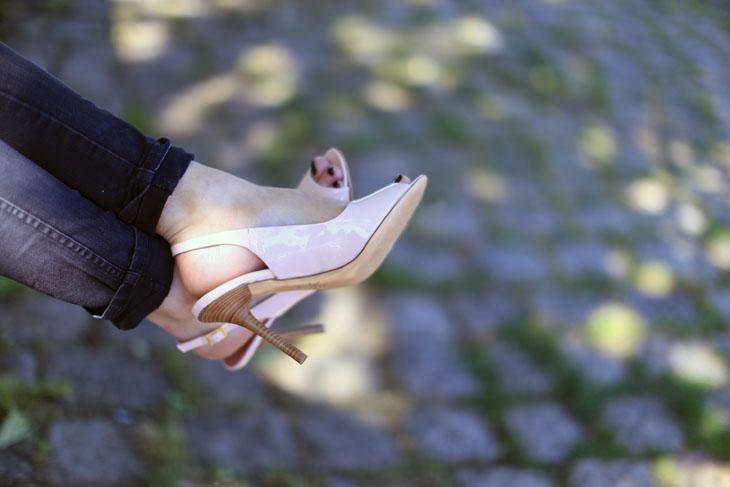 4_look_blog_mode_veste_militaire_vintage_jean_hm_escarpins_nude_valentino