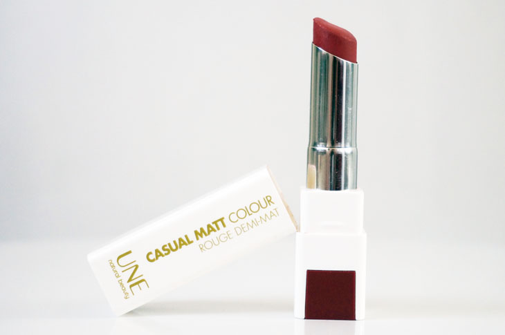 7_rouge_levres_une_beauty_Casual_Matt_colour_rouge_demi_mat_M08