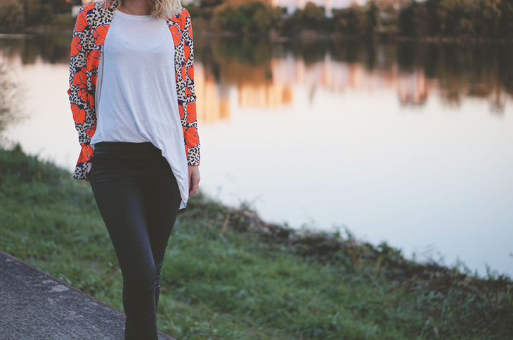 2_look_blog_mode_blazer_river_island_legging_simili_cuir_gemo_baskets_superstar_adidas