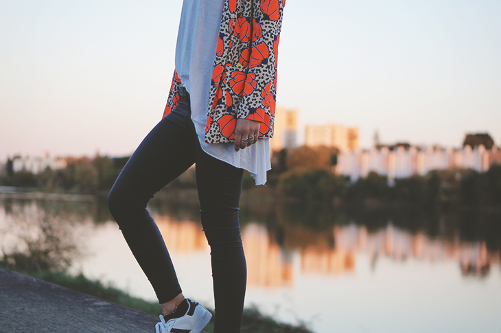 5_look_blog_mode_blazer_river_island_legging_simili_cuir_gemo_baskets_superstar_adidas