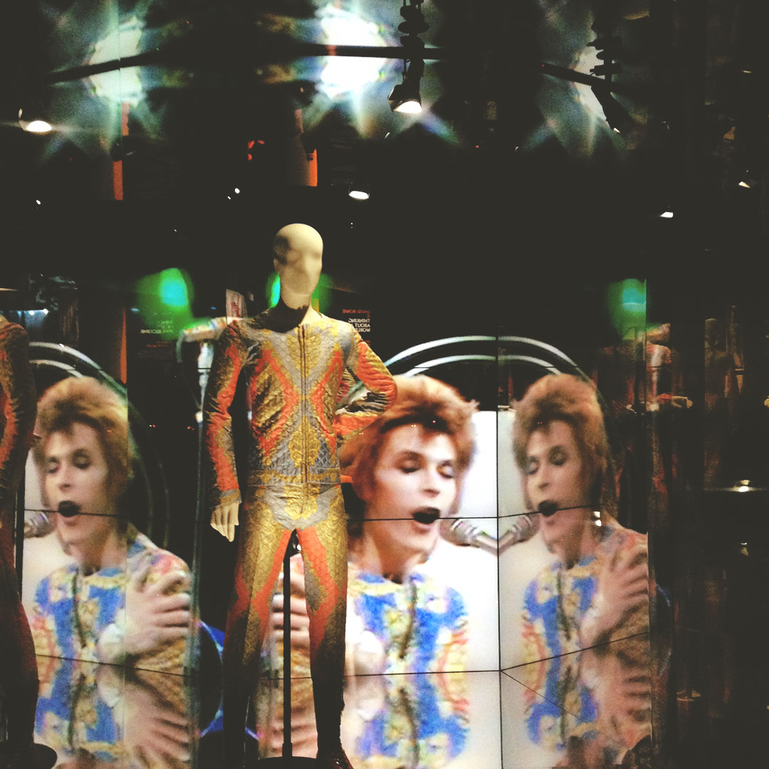 3_expo_david_bowie_is_Philharmonie_Paris