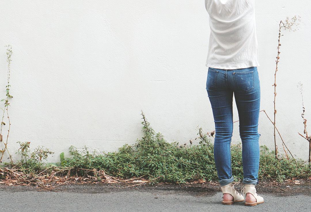 2_look_blog_mode_jean_hm_sandales_lacees_nude_boohoo