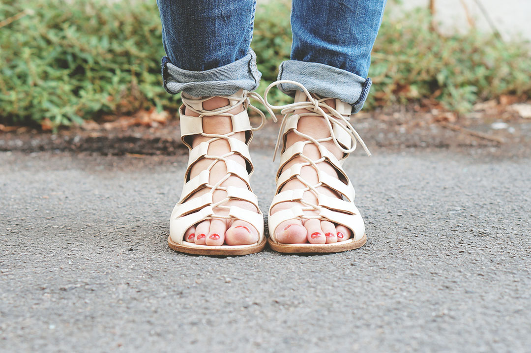 4_look_blog_mode_jean_hm_sandales_lacees_nude_boohoo