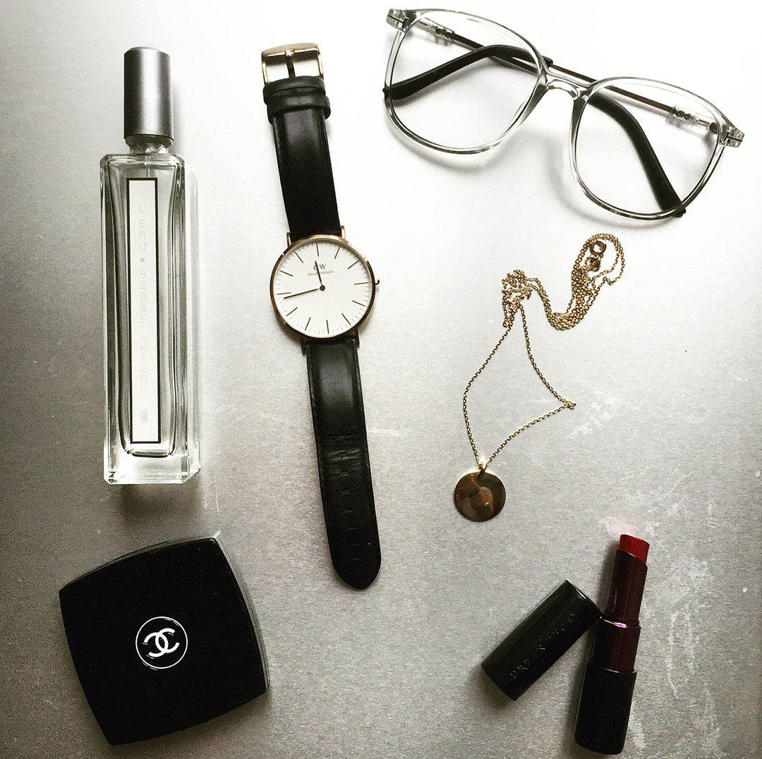4_montre_daniel_wellington_usine_a_lunettes_chanel_medaille_pretty_wire
