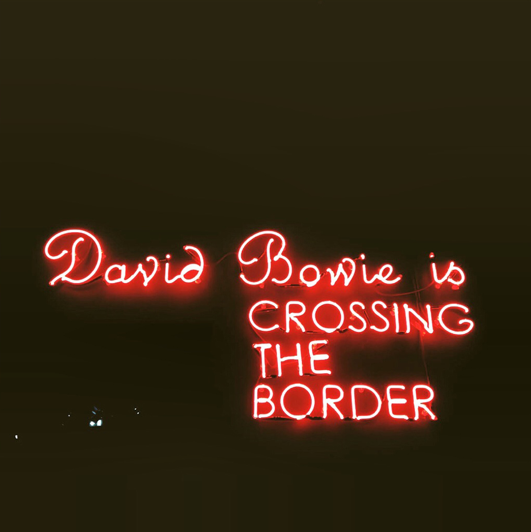2_expo_david_bowie_is_paris_2015
