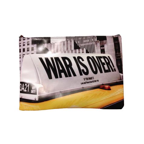 Housse pour ordinateur 11″ War is Over Taxi Destroy Pop