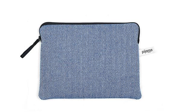 Housse Zippée pour iPad Air Pijama (Chevrons Bleus)