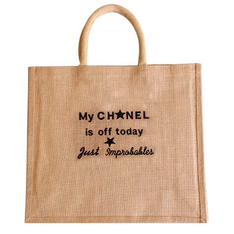 Sac jute My Chanel is off today broderie noire Improbables